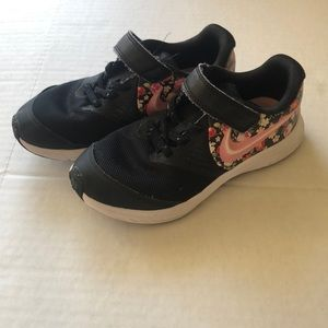 Nike Black and Floral Star Running Kids Shoes